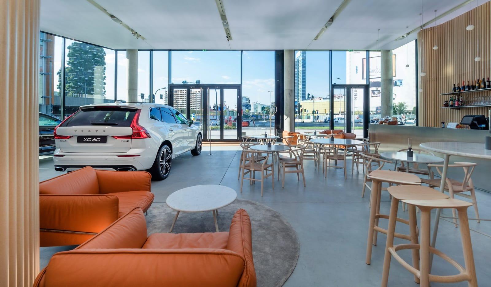 Vendere l'auto usata: concessionario vs privato